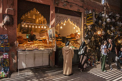 Souk - Marrakech - Morocco (wietsej) Tags: souk marrakech morocco tamronspaf1750mmf28xrdiiildaspif sony a700 market