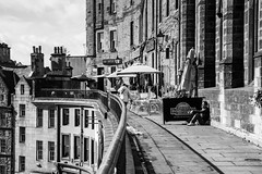 West Bow / Victoria Street (m.o.n.o.c.h.r.o.m.e.) Tags: bluesky victoriastreet scotland edinburgh grassmarket westbow banister railings clouds