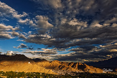 Leh Sunset (Riccardo Maria Mantero) Tags: clouds mantero riccardomantero riccardomariamantero sunset blue india landscape outdoors sky travel exif:focallength=24mm geocountry exif:make=nikoncorporation exif:model=nikond800 exif:isospeed=100 geostate geocity geolocation exif:lens=240700mmf28 exif:aperture=56 camera:model=nikond800 camera:make=nikoncorporation potd:country=it