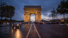Champs Elyses scene... (5AAAAM) Tags: champs elysees champselysees paris france arcdetriomphe arc de triomphe city cityscapes cityscape citylight blue bluehour sun sunset rain rainning twilight sky landscapes landscape landmark french street streets art outdoor scene movie 169 land europe travel road cars nikon d800 nikond800 nikkor20 20mm