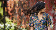 r3dd-1-15 (Studio.R) Tags: asian asianwoman a6300 sonya6300 sonyphoto sony85mmgm portrait photography beautiful dresses flower fall colors hair hmong