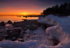 Withdrawal (tinamar789) Tags: winter sunset sea snow seascape ice finland helsinki seashore