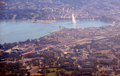 Beautiful downtown Geneva (oobwoodman) Tags: schweiz switzerland suisse geneva aerial ge leman lman genve ginebra jetdeau lakegeneva genf luftaufnahme genfersee gva aerien gvafra