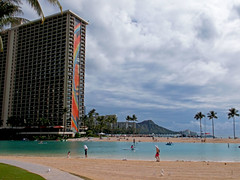 Iconic Hawaii (jcc55883) Tags: hawaii fuji waikiki oahu diamondhead fujifinepix hiltonhawaiianvillage rainbowtower yabbadabbadoo hiltonlagoon finepixax660