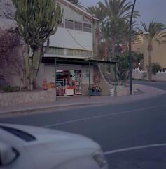Supermercado Cañada, Fuerteventura, January 2015 (Maxim Leurentop) Tags: photography kodak hasselblad medium analogue realism ektar