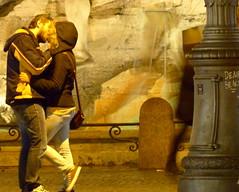 Buon S.Valentino ((TEMPORARILY OFF)) Tags: roma piazzanavona bacio lazio innamorati 14febbraio svalentino fontanadei4fiumi luielei