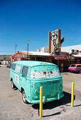 Seligman (smilingchris1405) Tags: usa snow cars america cafe united motel mater 66 route cap angels states hook fillmore texaco bully dart goodyear supai romney huk coppert seligmann