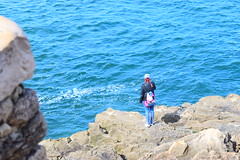 - (lynnstrlng) Tags: water cliff girl acantilado pelirroja redhead flickr agua mar