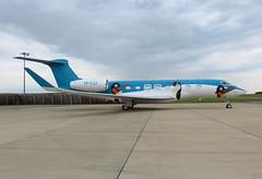 G650 VP-CJJ @ Luton 22/07/16 (aledy66) Tags: vpcjj gulfstream g650 gvi luton eggw ltn penguin aircraft airplane airport paint scheme
