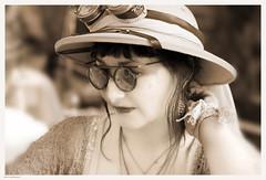 OKIMG_7527 (taymtaym) Tags: vinci fi firenze festa dell unicorno festadellunicorno cosplay cosplayers costumes costumi costume cosplayer steam punk steampunk goggles glasses hat explorer esploratrice