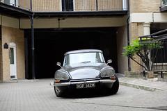 Citroen (sgreen757) Tags: fuji fujifilm x30 london central summer july 2016 england uk citroen ds old classic courtyard bridge black car french