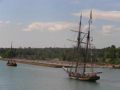 Draken Harald Hrfagre and Pride of Baltimore II (logan007) Tags: prideofbaltimoreii drakenharaldhrfagre wellandcanal stcatharines canada lock3