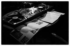 David Toop & Evan Parker, Sharpen Your Needles 5 @ Cafe Oto, London, 2nd August 2016 (fabiolug) Tags: turntable turntables davidtoop evanparker sharpenyourneedles records lps vinyl ethnographic talk cafeoto london dalston music gig performance concert live livemusic leicammonochrom mmonochrom monochrom leicamonochrom leica leicam rangefinder blackandwhite blackwhite bw monochrome biancoenero zeisscsonnartf1550mmzm zeisszm50mmf15csonnar zeisscsonnar zeisssonnar zeiss sonnar 50mm sonnar50mm 50mmf15