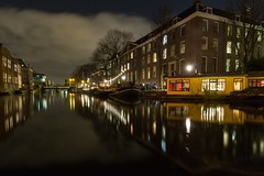 Plantage-buurt (McQuaide Photography) Tags: longexposure nightphotography holland reflection water netherlands amsterdam night canon eos lights licht canal europe nacht tripod nederland houseboat wideangle le dslr gracht lightroom plantage plantagebuurt uwa wideanglelens woonboot ultrawideangle 100d 1018mm mcquaidephotography