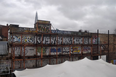 Graffiti gallery in Elephant (stevekeiretsu) Tags: london graffiti shard