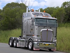 LIGHTS ON THE HILL CONVOY 2015 (16th man) Tags: truck canon eos transport duke australia brisbane qld queensland minden convoy marburg toowoomba kenworth gatton lightsonthehill eos5dmkiii lightsonthehill2015 dukeheavyhaulage