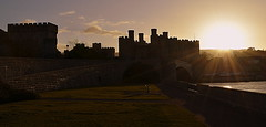 Historical Sunset.. Conwy Castle (Explore) (Peter.S.Roberts) Tags: sunset castles tourism unesco worldheritagesite explore historical medievil 14thcentury favouriteplaces conwy historicalsite conwycastle 13thcentury northwales owainglyndwr cadw englishcivilwar riverconwy barbicans 1399 1401 1646 1642 militaryarchitecture madocapllywelyn conwyboroughcouncil machicolations richardll charlesl thingstodoinnorthwales conquestofwales jamesofsaintgeorge walledtownofconwy 12941295 placestoseeinnorthwales kingdomofsavoy