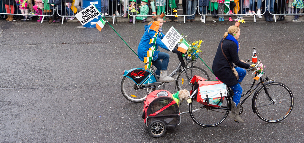 DUBLIN CYCLING CAMPAIGN - ST. PATRICK'S PARADE 2015 IN DUBLIN REF-102364