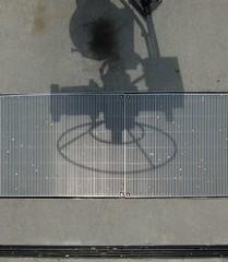 Drehkrper / Solid of Revolution (bartholmy) Tags: shadow abstract wheel concrete virginia rad richmond minimal va grille minimalism schatten beton weir wehr gitter abstrakt brownsisland minimalistisch minimalismus