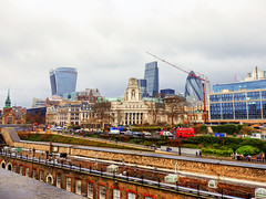 View from The Tower of London (photphobia) Tags: tower toweroflondon london castle castillo fortress city oldwivestale cityoflondon outdoor architecture buildings building buildingsarebeautiful thesquaremile walkietalkie leadenhallbuilding gherkin 30stmaryaxe tower42