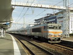BB 7274 Bton + Ter Centre en provenance de Paris Vaugirard (ChristopherSNCF56) Tags: ter centre corail trains bb 7274 7200 beton sncf gare du mans