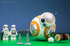 BB-8 : Lining Up His Shot. (Randy Santa-Ana) Tags: bb8 spherobb8 sphero starwars theforceawakens lego legostarwars legominifigures legostormtroopers game croquet