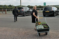 Mel Pippy Woodley stocking up on Winter plants for her award winning garden at Rutland Water Garden Nursery (@oakhamuk) Tags: melpippywoodley stockingup winterplants for her award winning garden rutlandwatergardennursery
