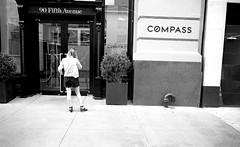 L_M6_16566 (erlin1) Tags: 35mm 2016 analog bw blackandwhite film leicam6 newyork nyc september newyorkcity ny usa