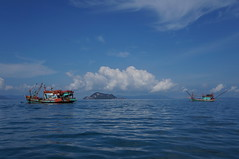 Koh Yao Yai (wandereringJ) Tags: travel summer beach thailand islands boat asia long longboat wandering islandhopping kohyao