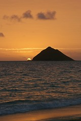 02232015_015_ (ALOHA de HAWAII) Tags: hawaii oahu mokuluaislands sunriseatlanikaibeach