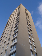 sky high-2017441 (E.........'s Diary) Tags: camera tower digital ross high january olympus block eddie rise compact 2015 xz1 glaeddierossolympusxz1compactdigitalcamerajanuary2015glasgowstreetscotlandwintersun