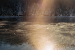 (....) Tags: winter snow film river analogue sunflare
