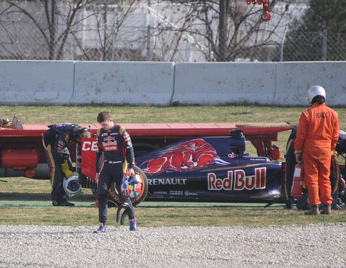 Max Verstappen walks away from his stopped Toro Rosso in Formula One Winter Testing, March 2015