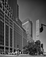 Park Avenue (76) at 50th Street (shooting all the buildings in Manhattan) Tags: newyorkcity newyork parkavenue 2016 architecture july manhattan ny nyc us