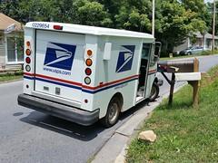 Mail truck bringing me my Schindler and Schlieren elevator stuff (DieselDucy) Tags: elevator mailtruck roanoke