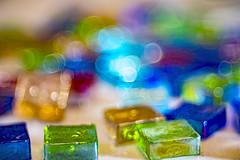 Colorful Glass Bokeh (WilliamND4) Tags: meyeroptikgoerlitztrioplanf28100 nikon nikond750 color colorful macro bokeh bokehlicious bubblebokeh bright