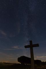 Viacrucis nocturno (Enrique Garcia Polo) Tags: ermita nava estrellas navadelrey persidas concepcin nocturna castillaylen espaa es