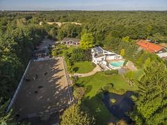 Koffietijd Villa (alexknip) Tags: eemnes utrecht koffietijd koffietijdvilla rtllive garden paardenbak vijver zwembad