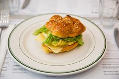 009-arthurs-photo susan moss (The Montreal Buzz) Tags: montreal quebec canada susan moss arthurs restaurant nosh plat repas sandwich vert jaune djeuner