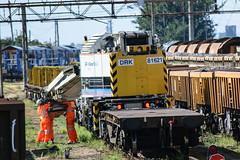 DRK81621 Hoo Junction 010916 (Dan86401) Tags: drk81621 81621 zoa kirow krc250uk heavyduty dieselhydraulic crane volkerrail vr otp ontrackplant trackmachine engineers departmental infrastructure hoojunction