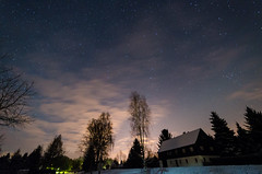 Classical Upper Lusatia house at night (www.carbonat380.de) Tags: stars astrophotography sterne oberlausitz upperlusatia schnauberzdorf