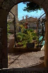 The sculptor's garden (Jeffxyz) Tags: gorge aveyron cordessurciel