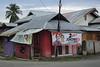 Ampana, Central Sulawesi (-AX-) Tags: indonesia élections ampana bâtimentmaison pancarteaffiche jokowi sulawesitengahcentralsulawesi