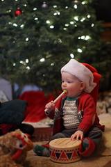 IMG_4056_5DmkII (secondaryreality) Tags: christmas 50mm zane 2014 canonef50mmf12lusm canoneos5dmkii zanesfirstchristmas
