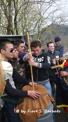 Somma Vesuviana (NA), 2007, Il Sabato dei Fuochi sul Monte Somma: tammurriate. (Fiore S. Barbato) Tags: somma tammurriata tammurriate feste festa madonna sabato fuochimonte italy napoli sommavesuviana fuochi monte campania vesuviana