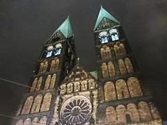Bremen, Cathedral St.Petri (v8dub) Tags: old night germany deutschland town nacht stadt bremen altstadt nuit allemagne ville hansa marktplatz vieille niedersachsen viertel brme