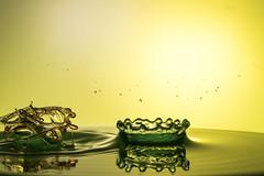 random chaos!? (Hendrik May) Tags: water wasser raspberry droplet tropfen