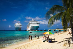 2015 How could they swim (jeho75) Tags: cruise blue seascape beach water strand island wasser sony ships grand insel caribbean schiff turk 6000 vessels icle blaues karibik türkis kreuzfahrt