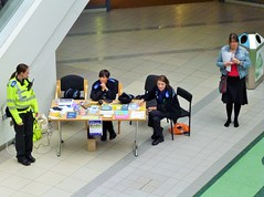 Hertfordshire Police PCSO's Howard Centre Welwyn Garden City Hertfordshire (@oakhamuk) Tags: hertfordshire welwyngardencity pcso howardcentre martinbrookes hertfordshirepolice