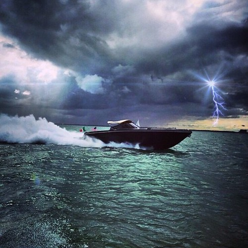 Stormy days have their beauty as well⚓️ #sea #waves #thunder #boat